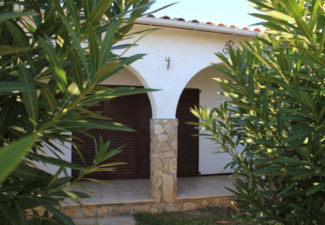 Ferienhaus in L'Escala - SOL Y PAZ