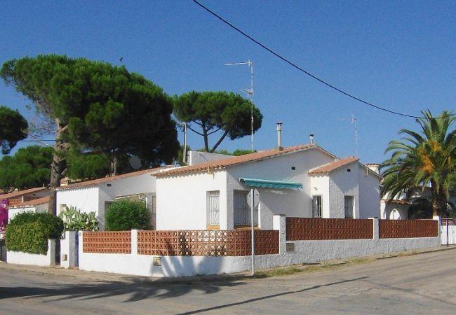 Huis in L'Escala - MIRAVETTE