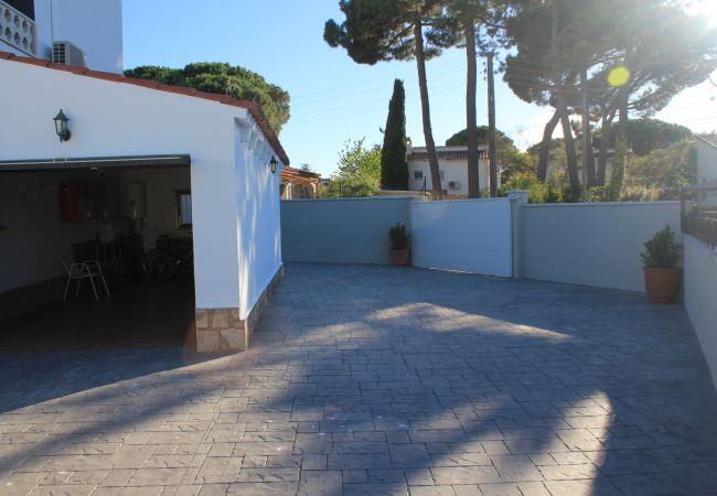 Huis in L'Escala - CASA PALAU