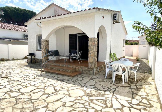 House in L'Escala - SOLITUD I