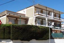 Apartment in L'Escala - P10417
