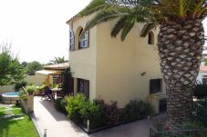House in L'Escala - C10324