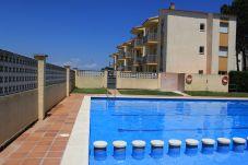 Apartment in L'Escala - P10456