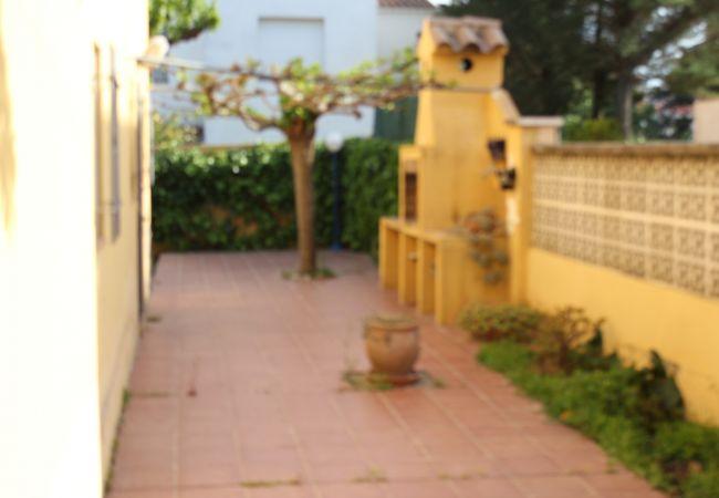 Casa en L´Escala - CASA GINESTA