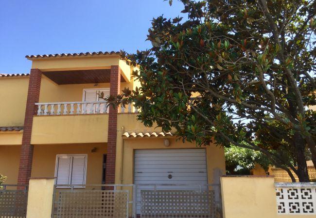 Casa en L'Escala - CASA GINESTA