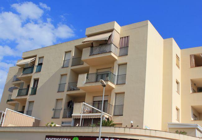 Apartament en Escala - P10420