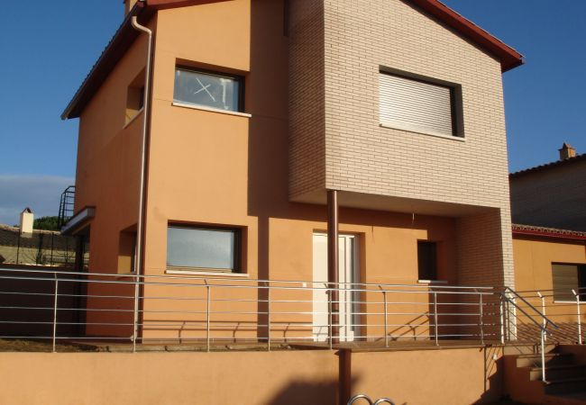 Casa en Escala - C10374