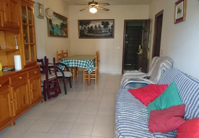 Apartament en Escala - P10445
