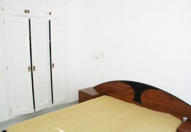 Apartament en Escala - P10553