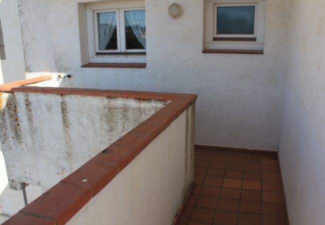 Apartament en Escala - P10610