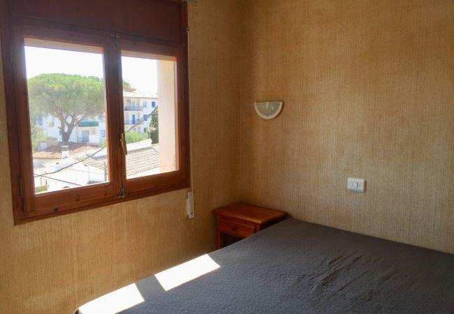 Apartament en Escala - P10271 - Reservat/Reservado